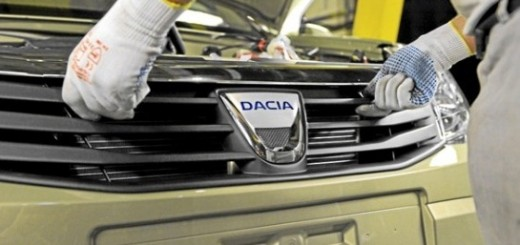 Record financiar Dacia 2013